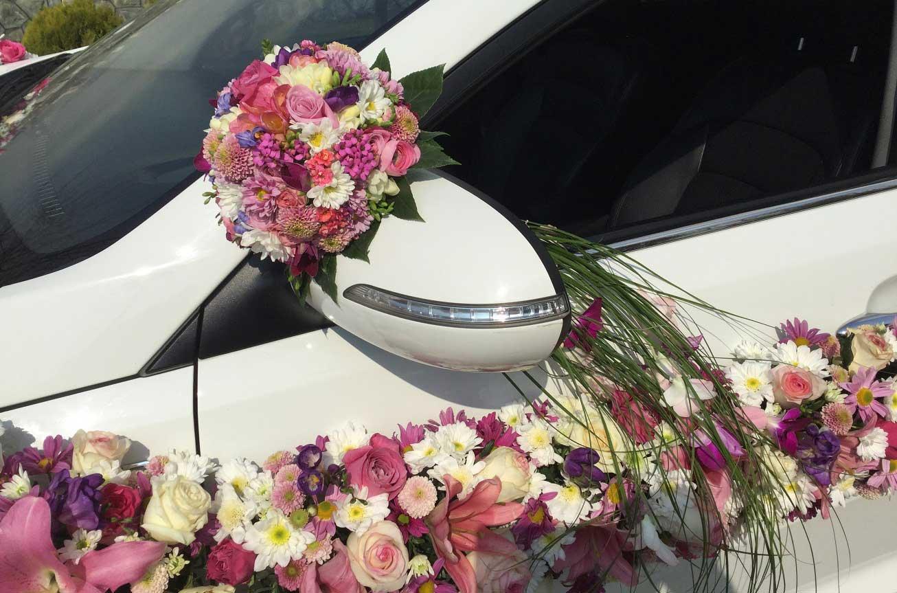 ایده هایی برای گل آرایی ماشین عروس