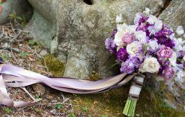 آموزش ساخت دسته گل عروس با گل طبیعی